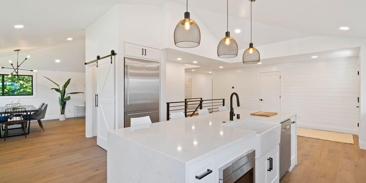 bishop construction modern white kitchen