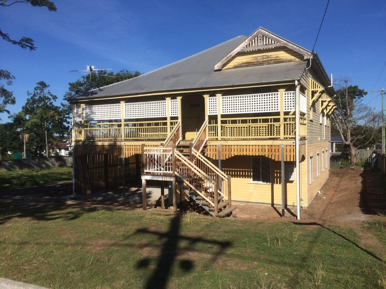 Oxley House Raising Builder - Bishop Construction Service